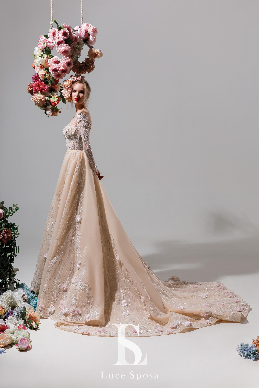 Актуальные модели вечерних платьев