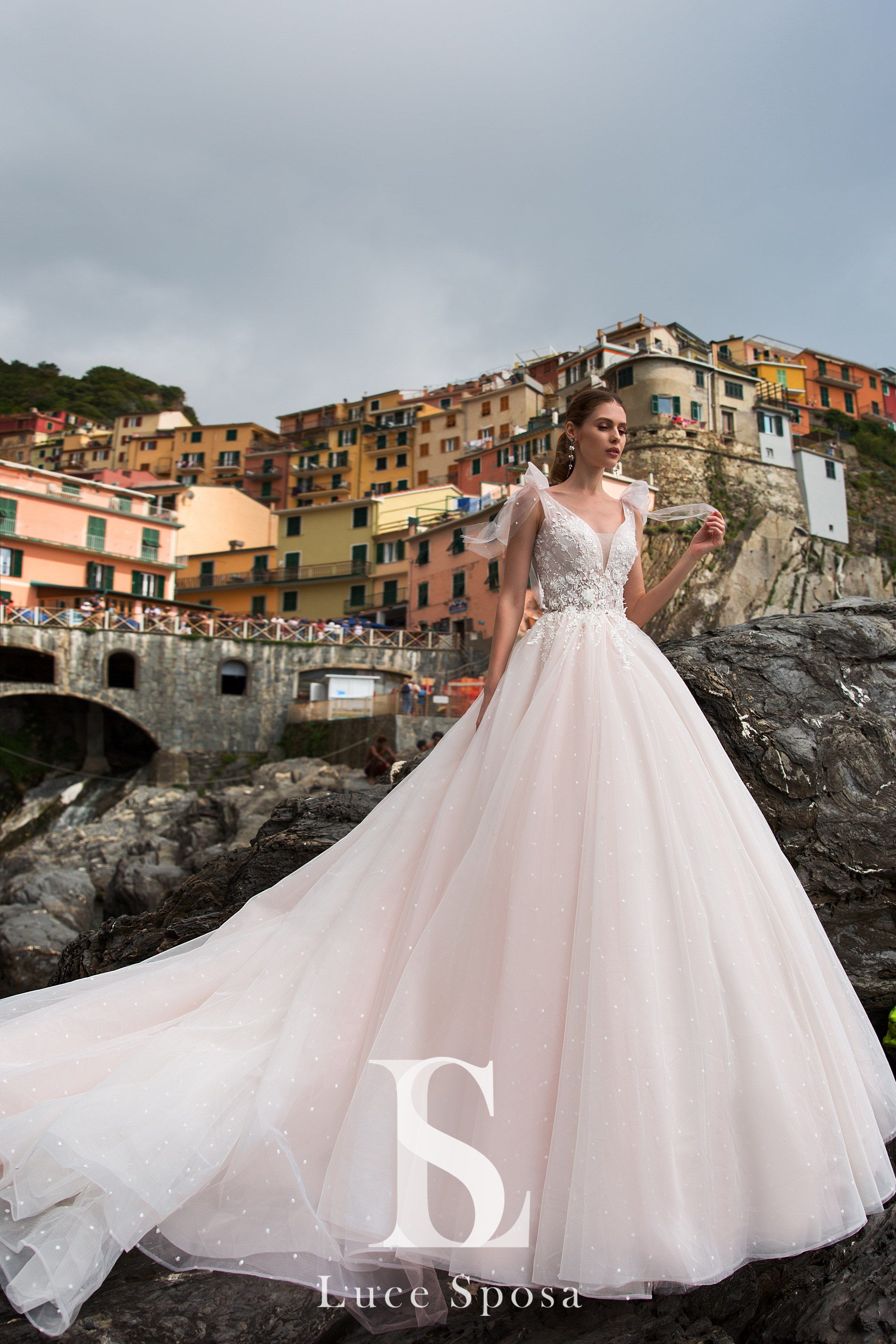Wedding Dresses «Arabelia»-1