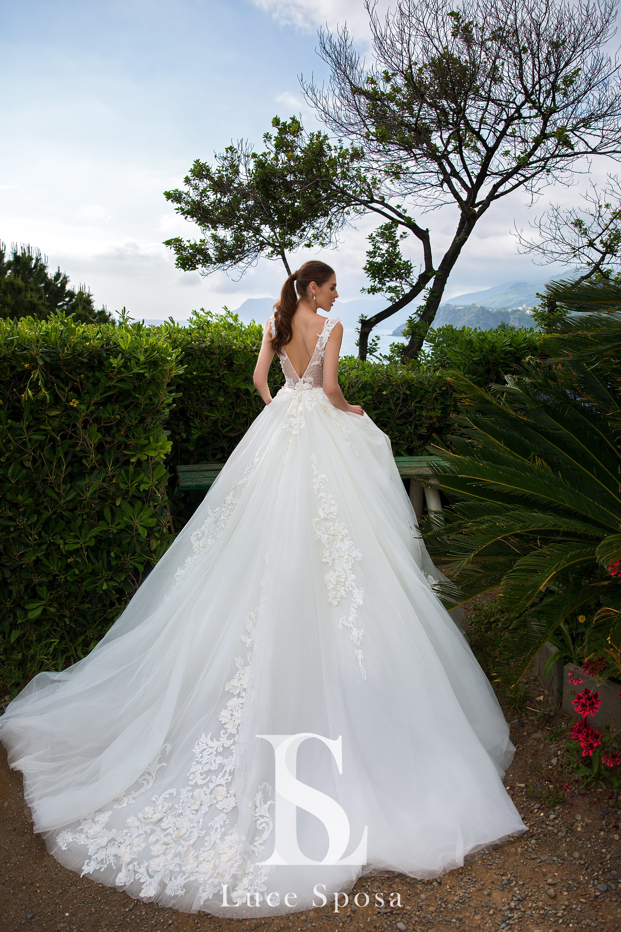Wedding Dresses «Leni»-1