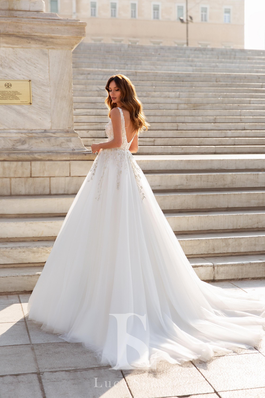 Wedding Dresses «Esmeralda»-3