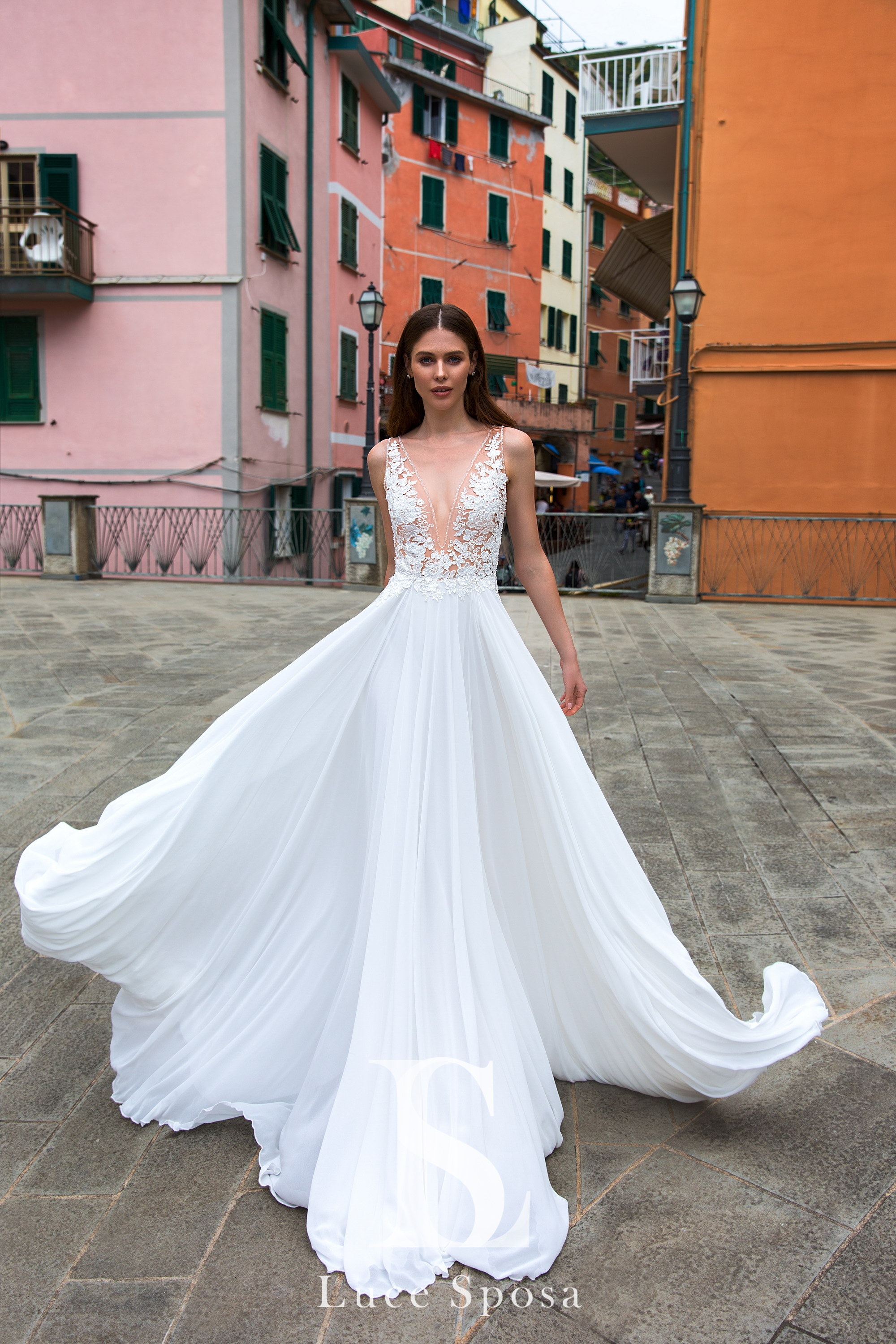Wedding Dresses «Freda»-2