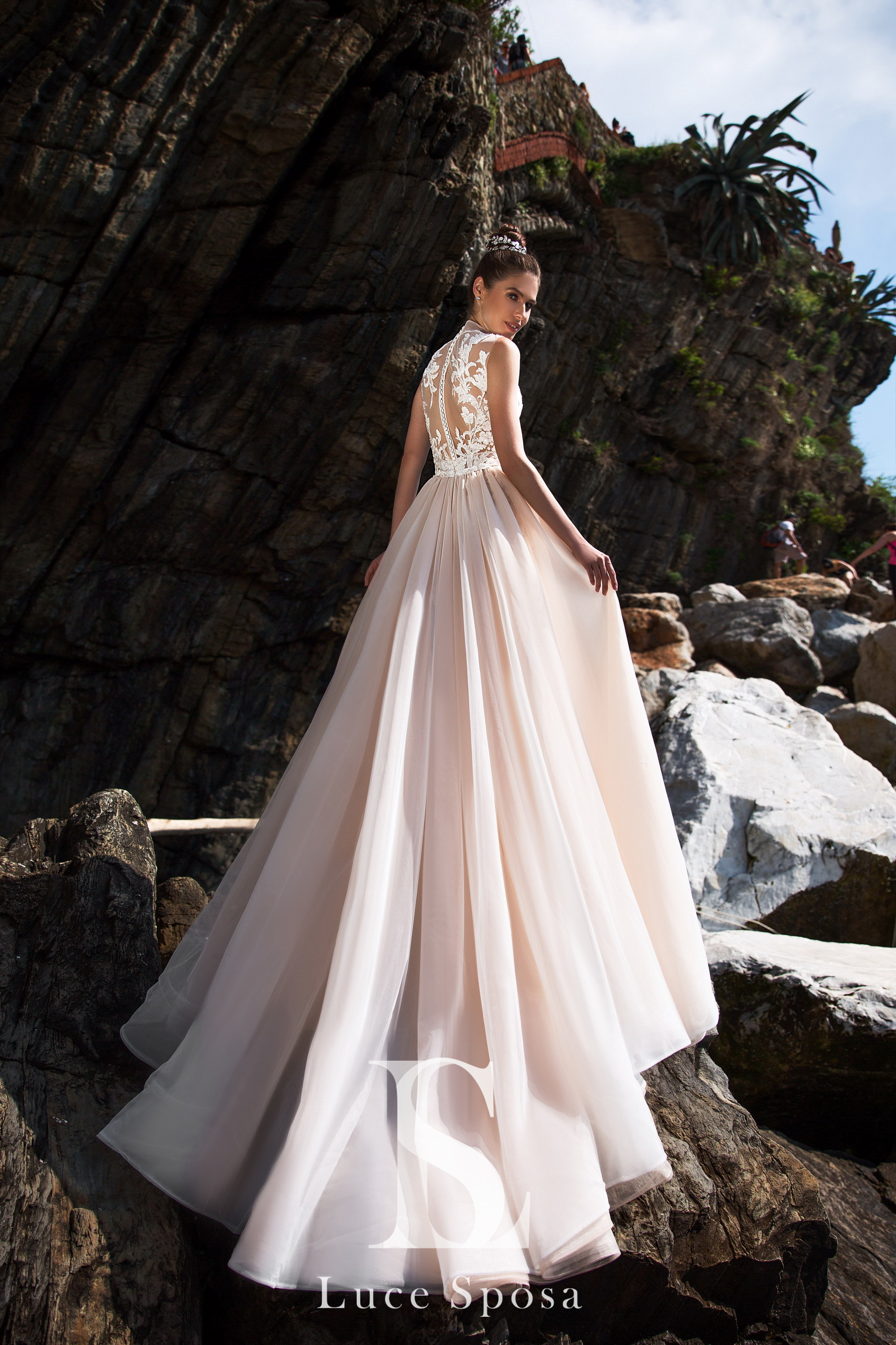 Wedding Dresses «Torri»-3