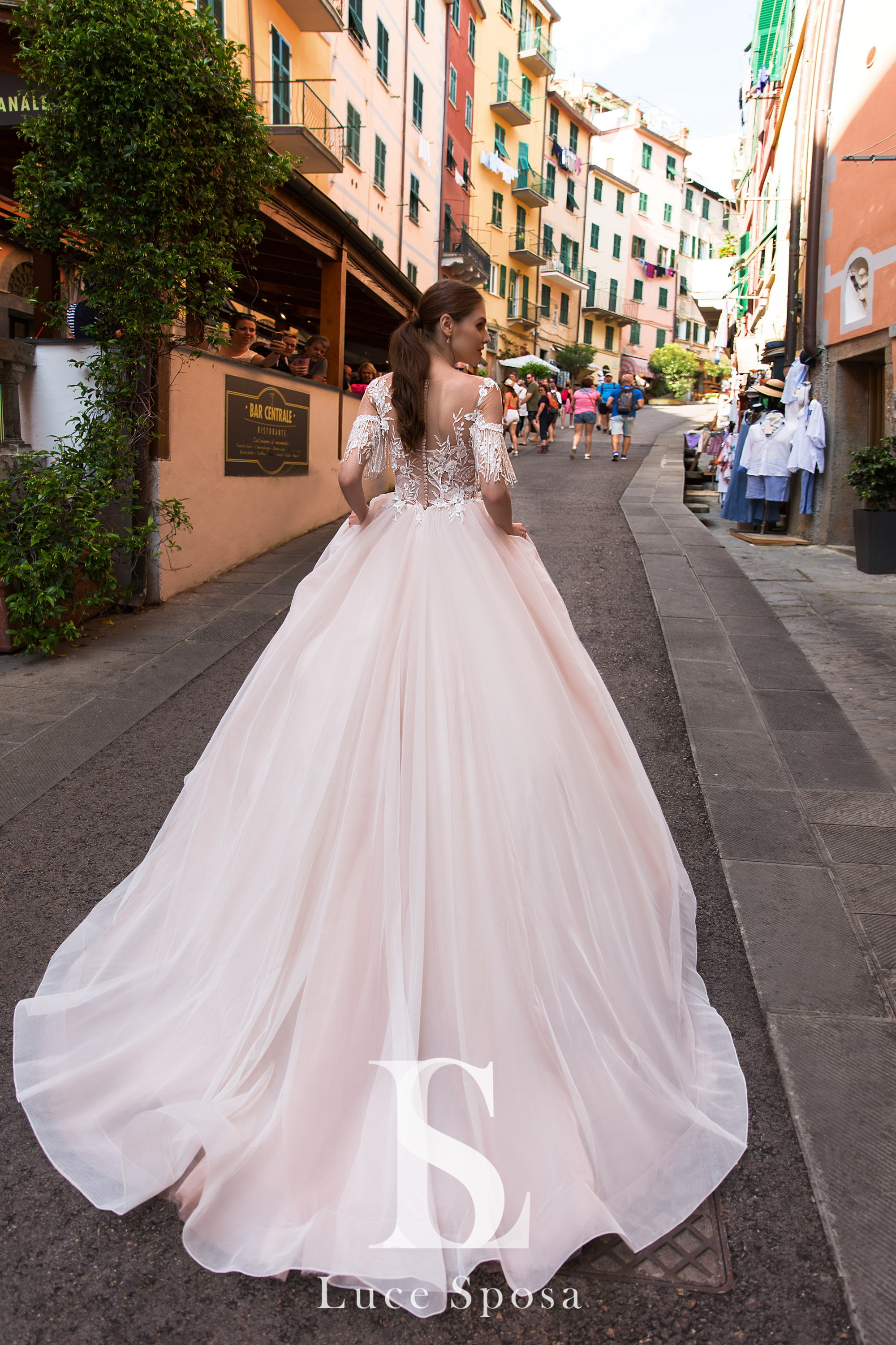 Wedding Dresses «Lagoon»-1