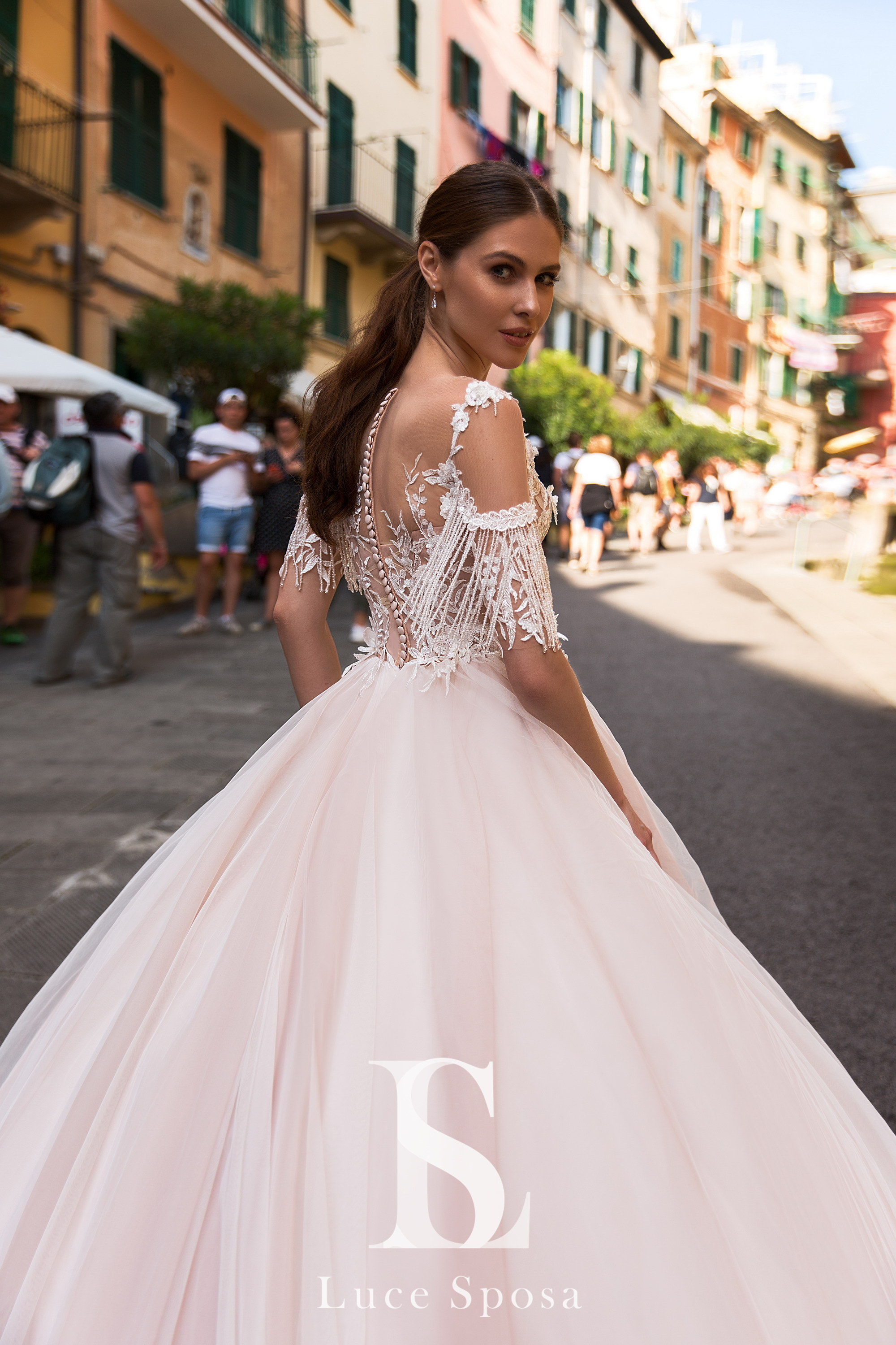 Wedding Dresses «Lagoon»-2