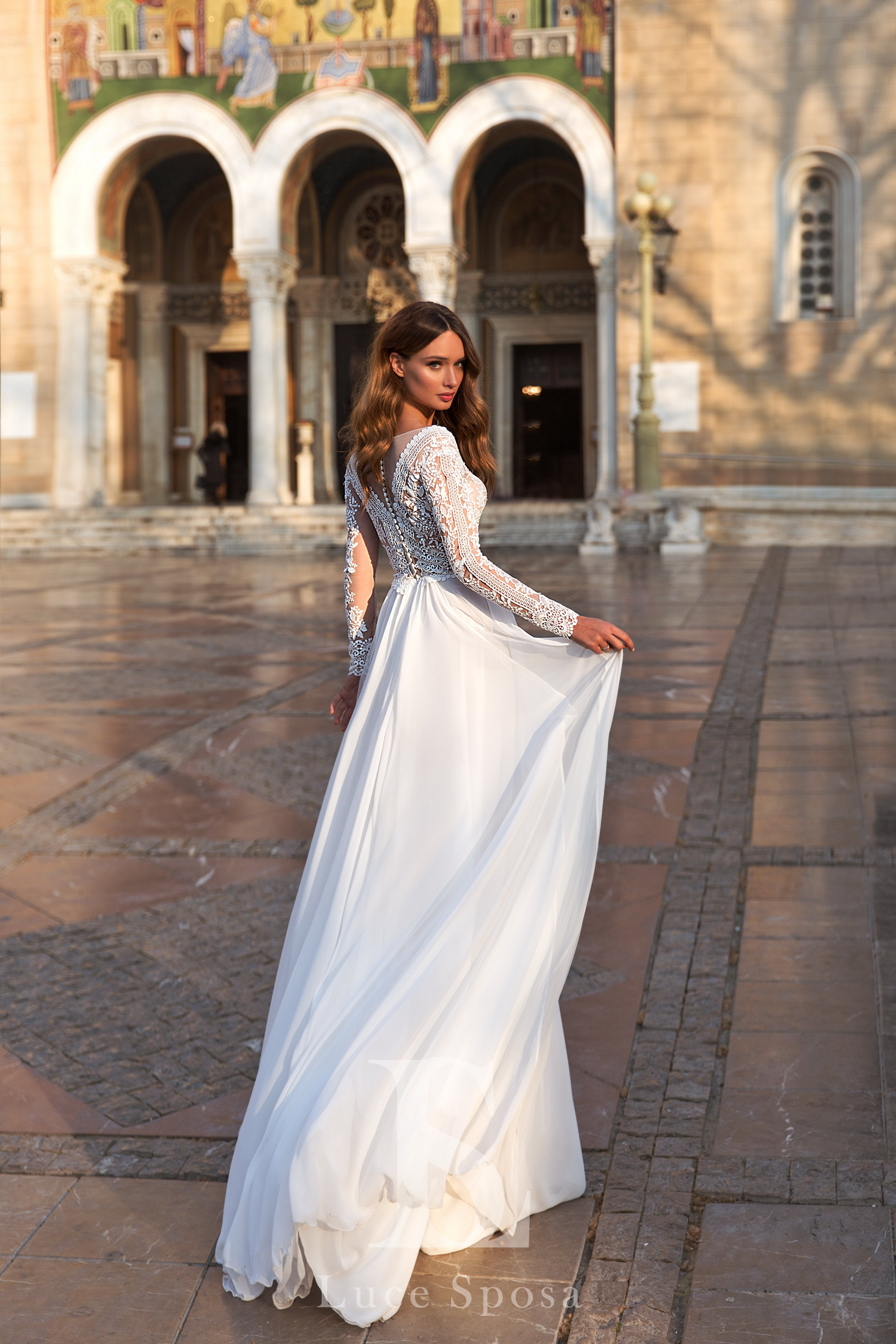 Wedding Dresses «Hilton»-3