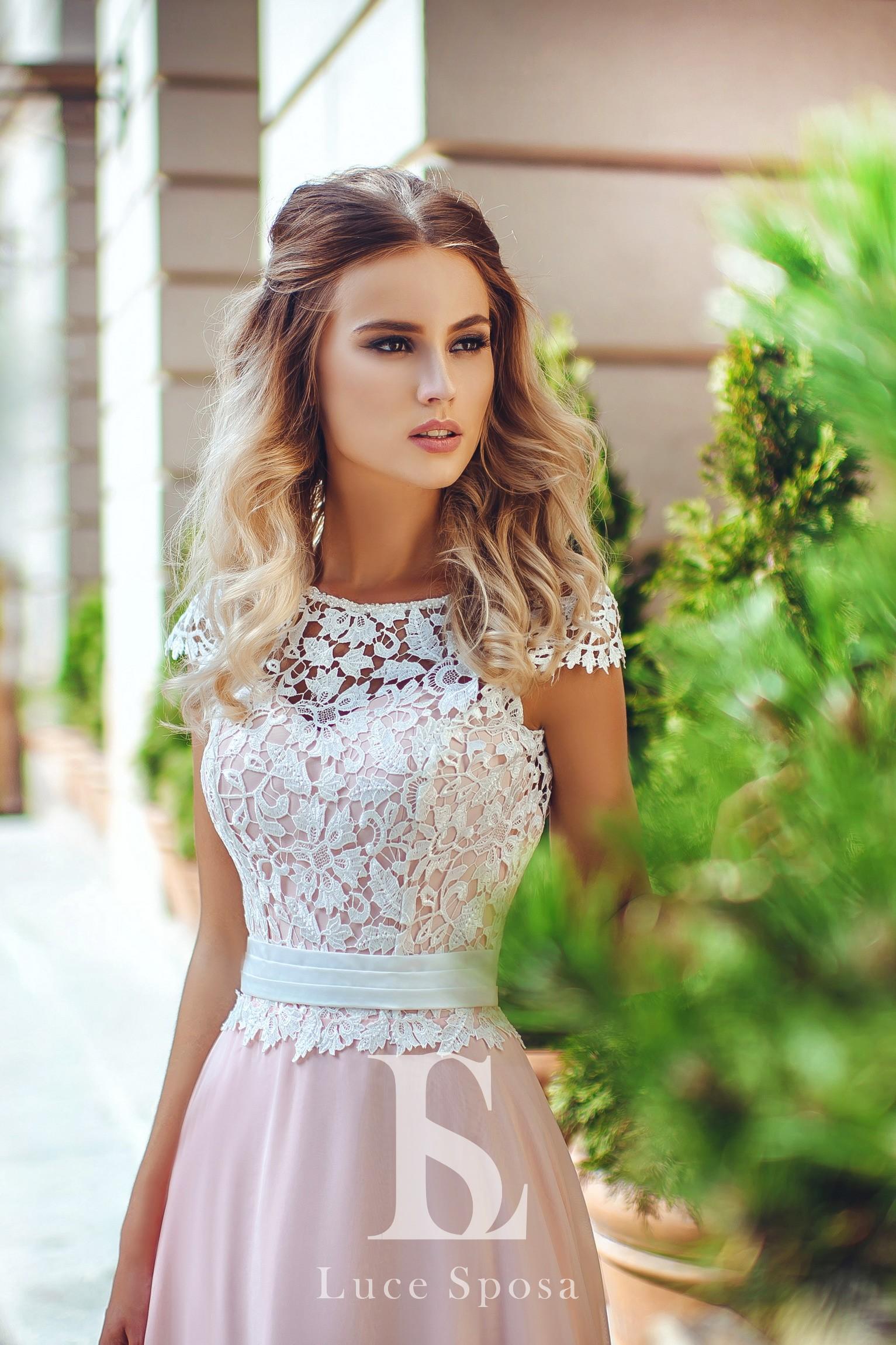 Wedding Dresses «LV-004»-1