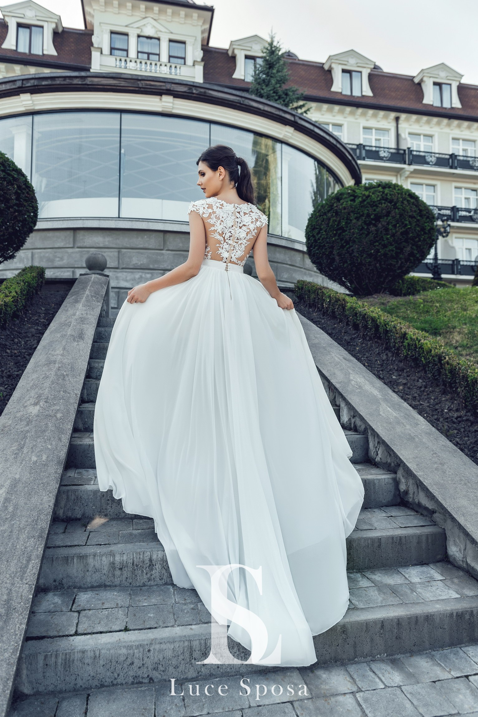 Wedding Dresses «Sintia»-3