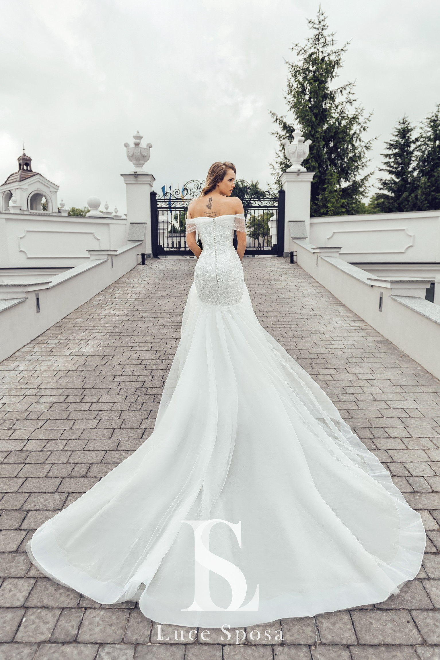 Wedding Dresses «Augostina»-2