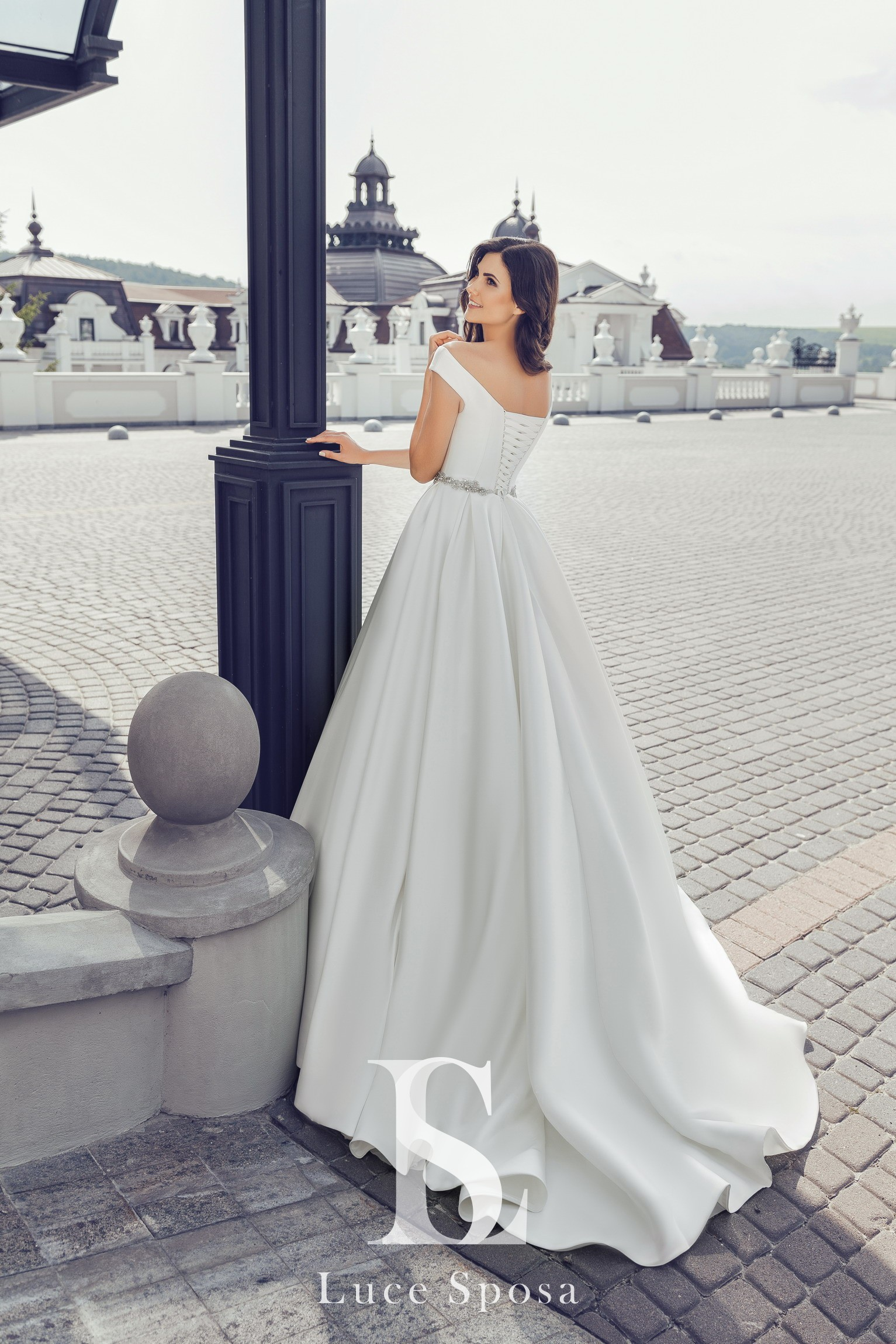 Wedding Dresses «Vivana»-3
