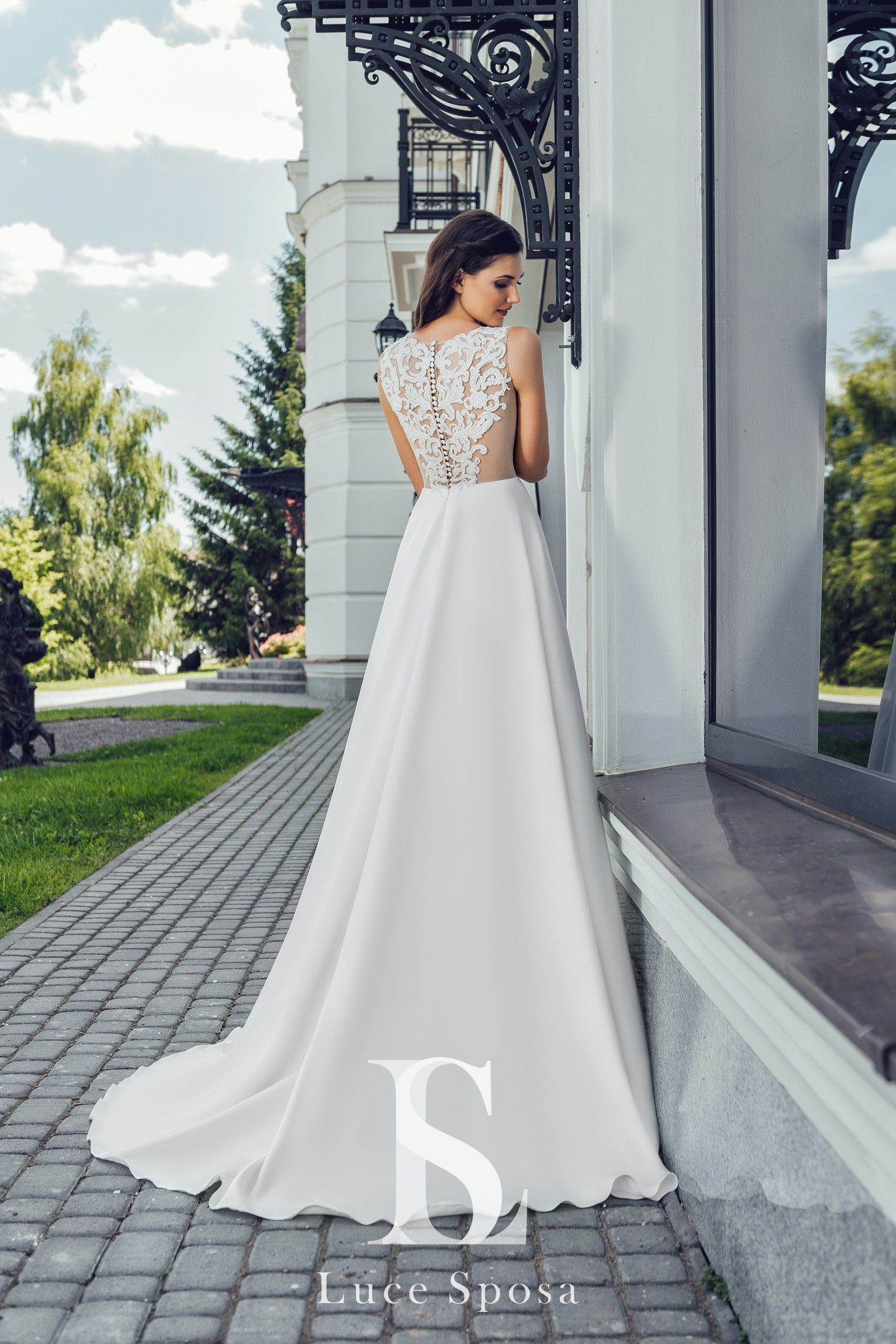 Wedding Dresses «Letizia»-3