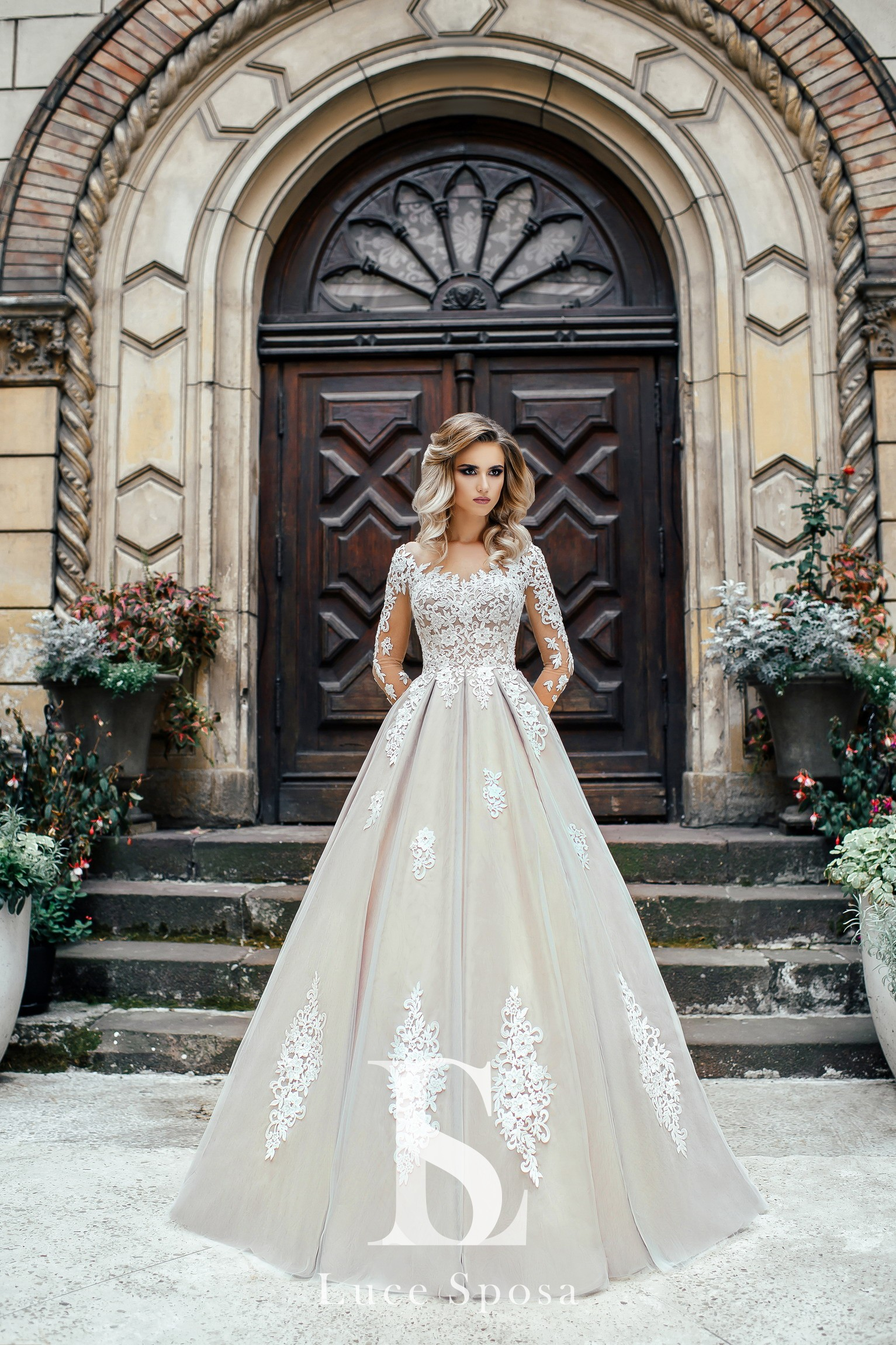 Wedding Dresses «Carmen»-2