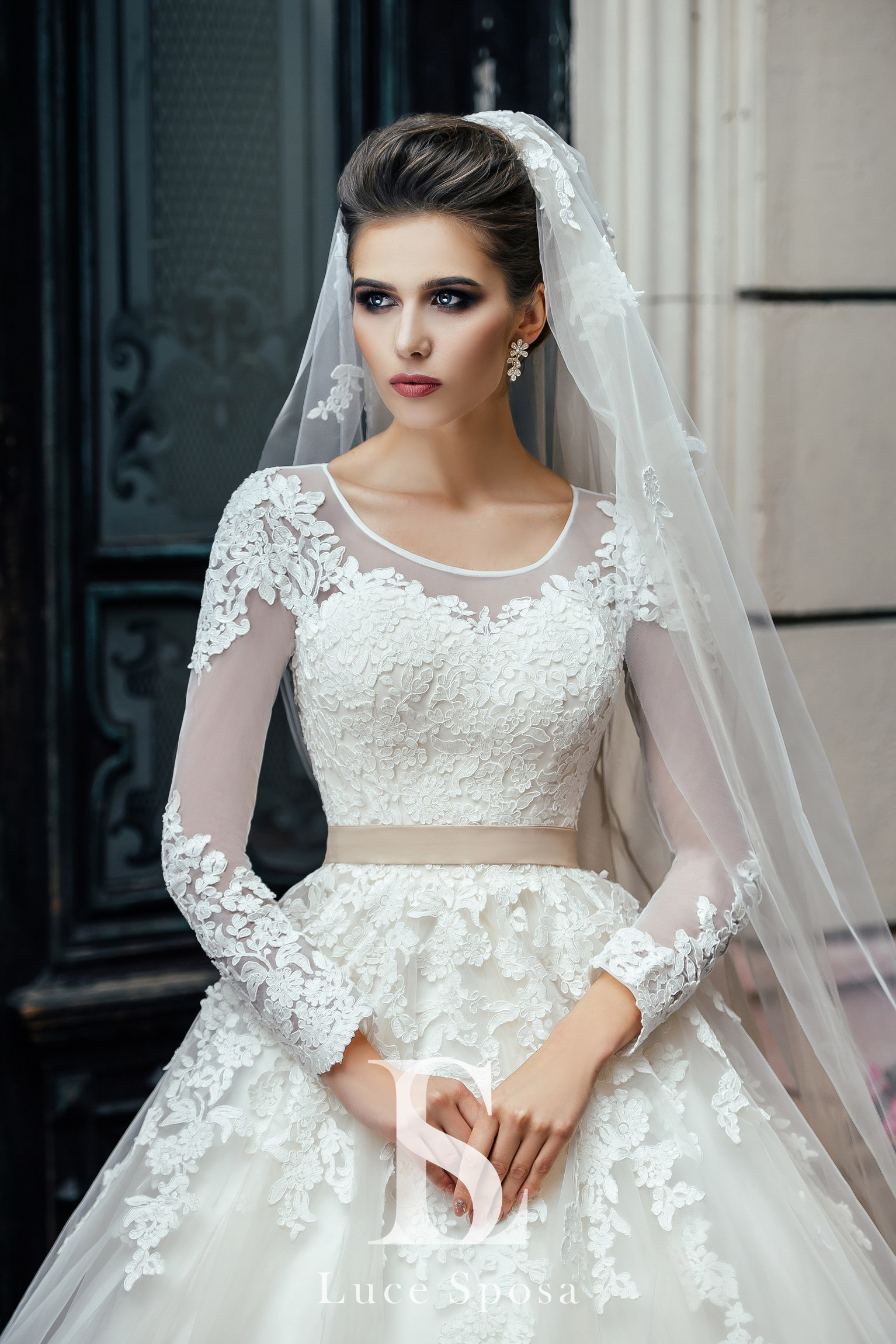 Wedding Dresses «Anna»-1