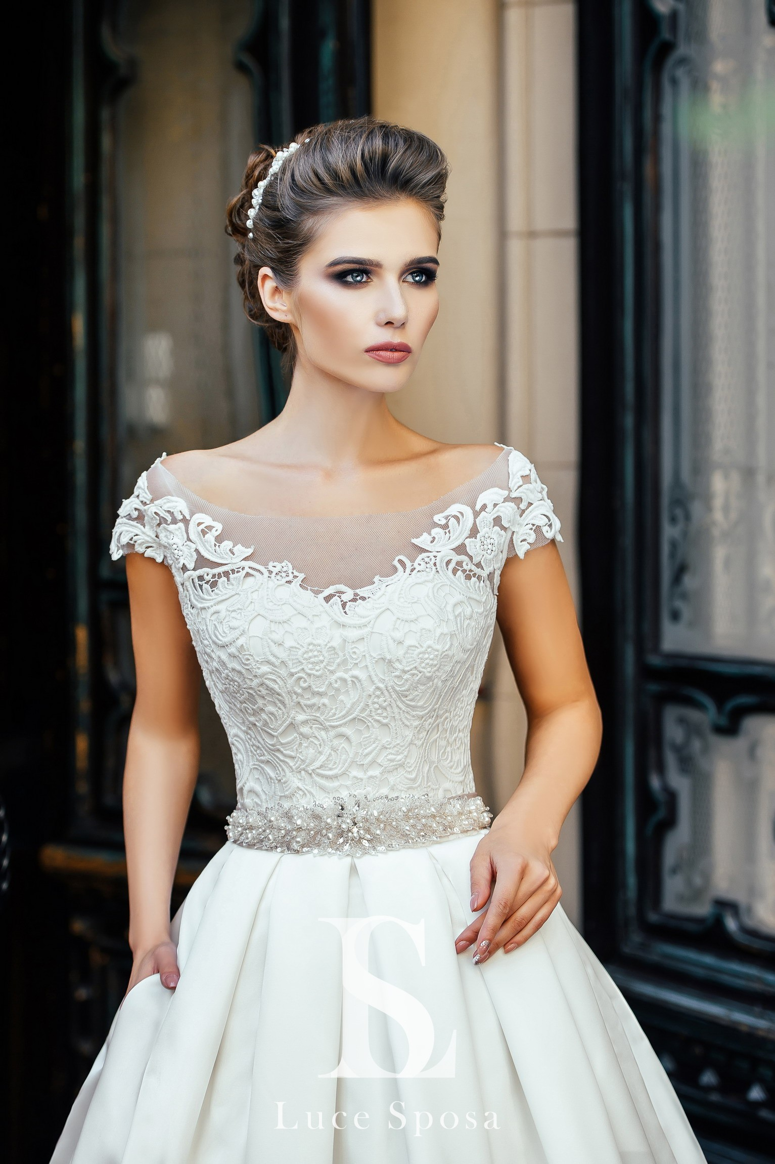 Wedding Dresses «Olivia»-1