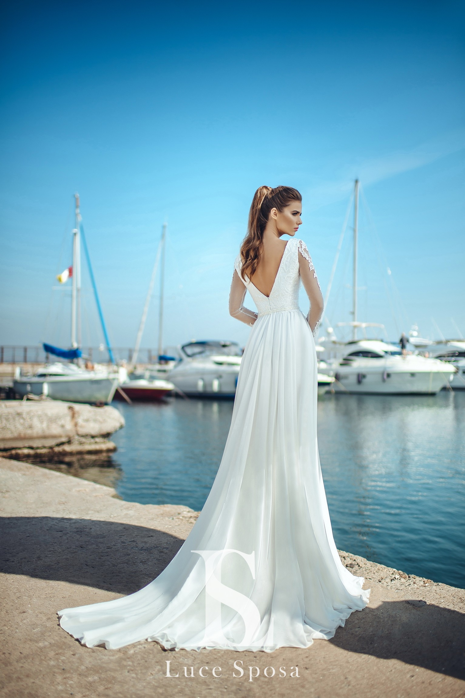 Wedding Dresses «Ada»-3