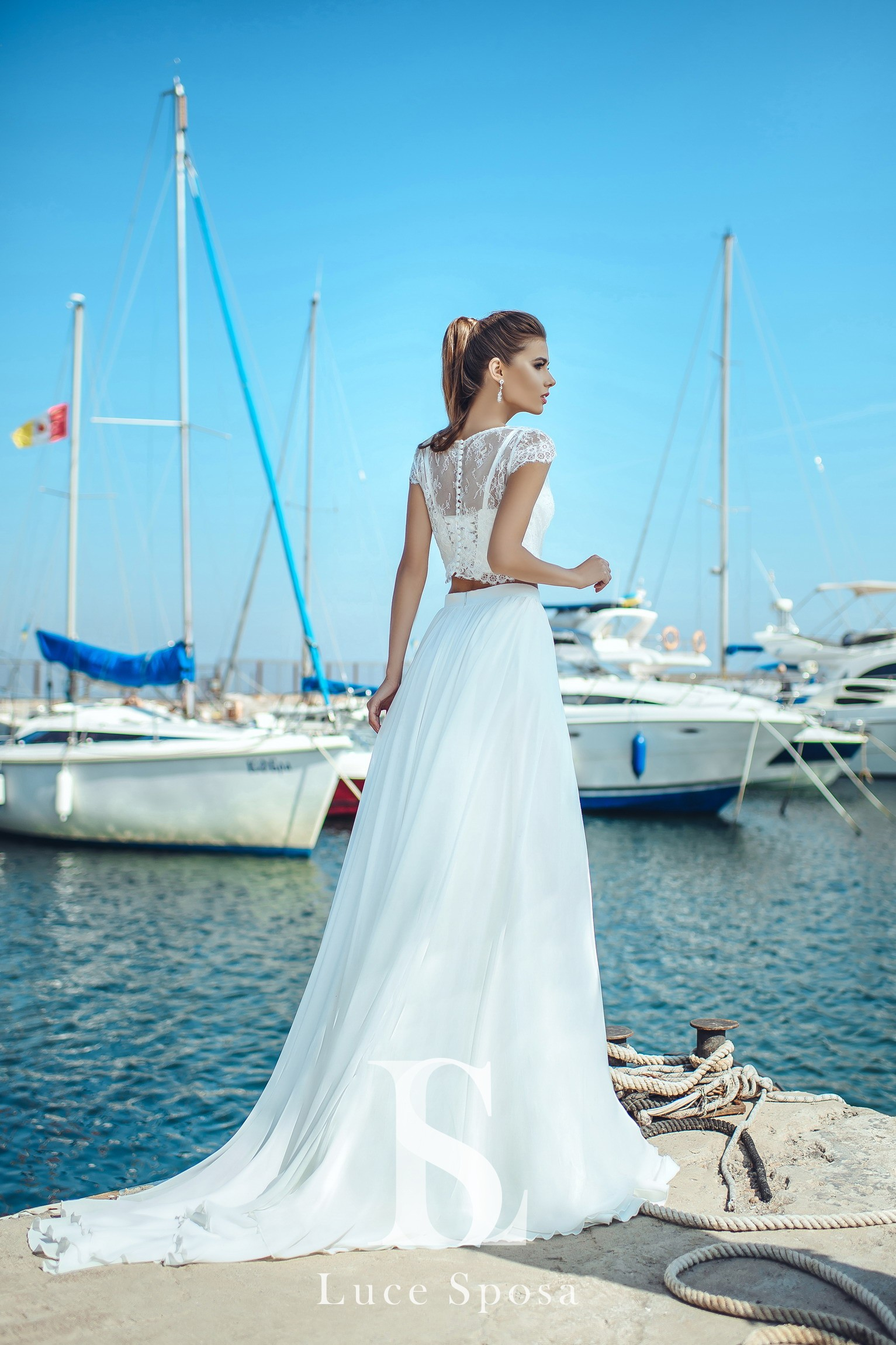 Wedding Dresses «Betty»-3