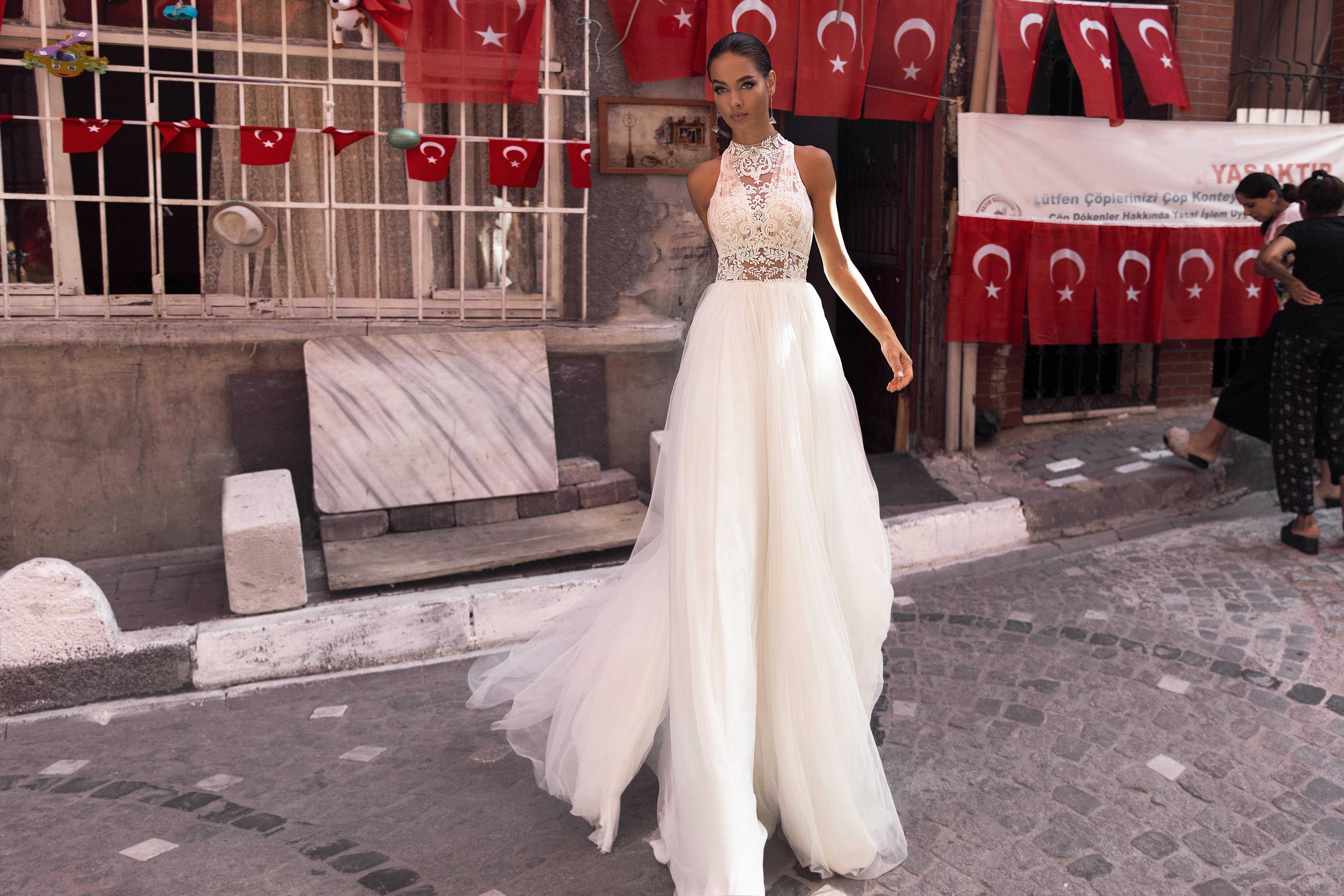 Wedding Dresses «Belle»-1