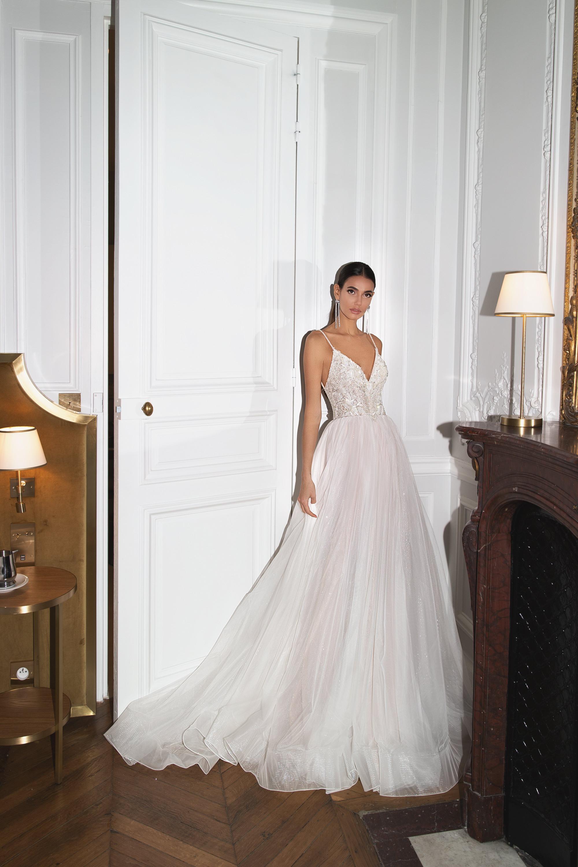 Wedding Dresses «Lisa»-1
