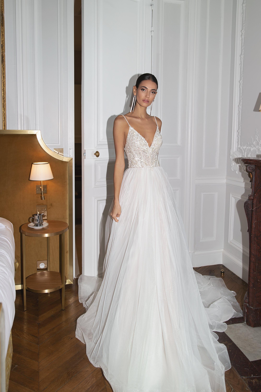 Wedding Dresses «Lisa»-2