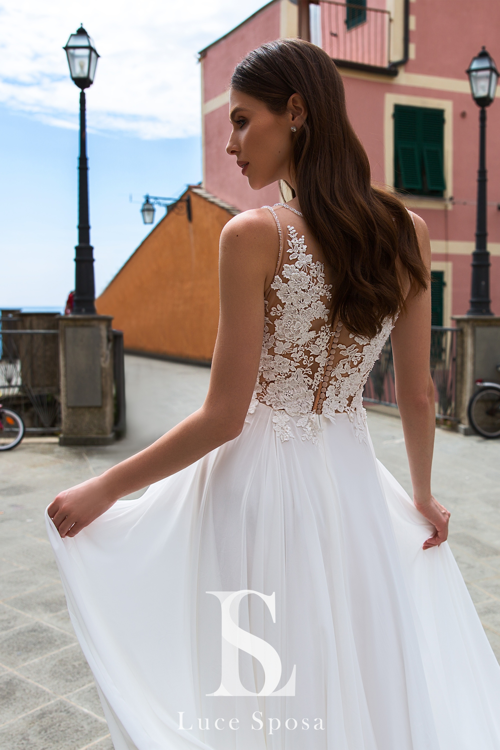 Wedding Dresses «Freda»-3