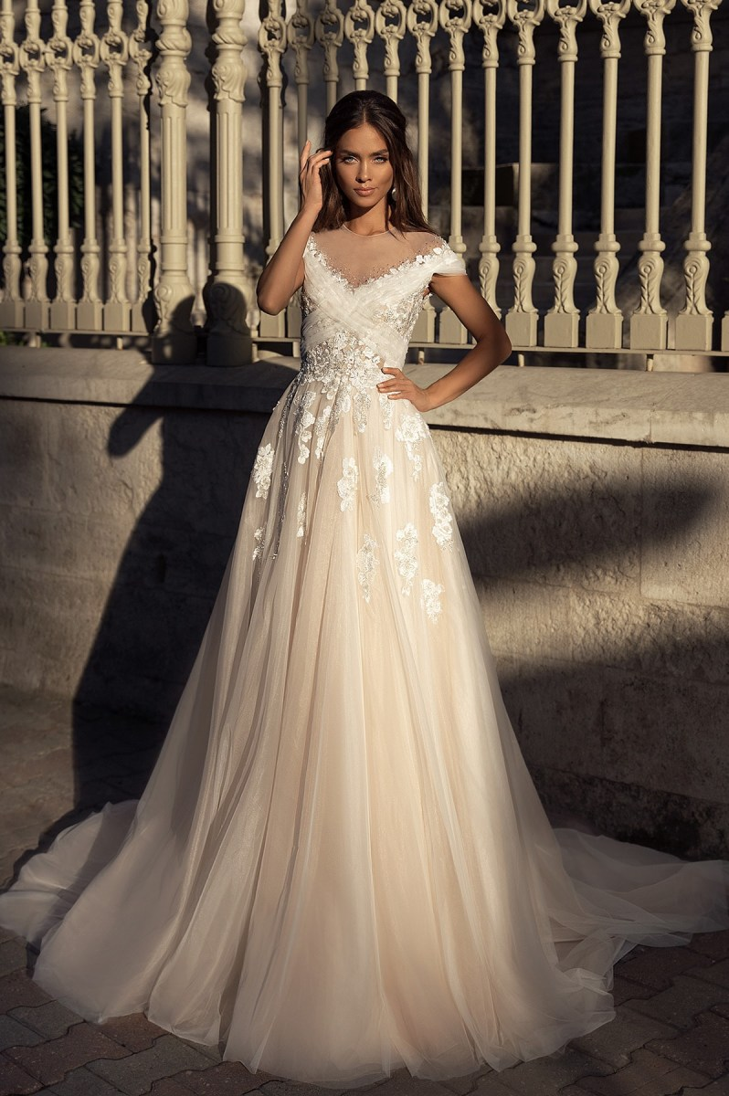 Wedding Dresses-Collections «Raelyn»