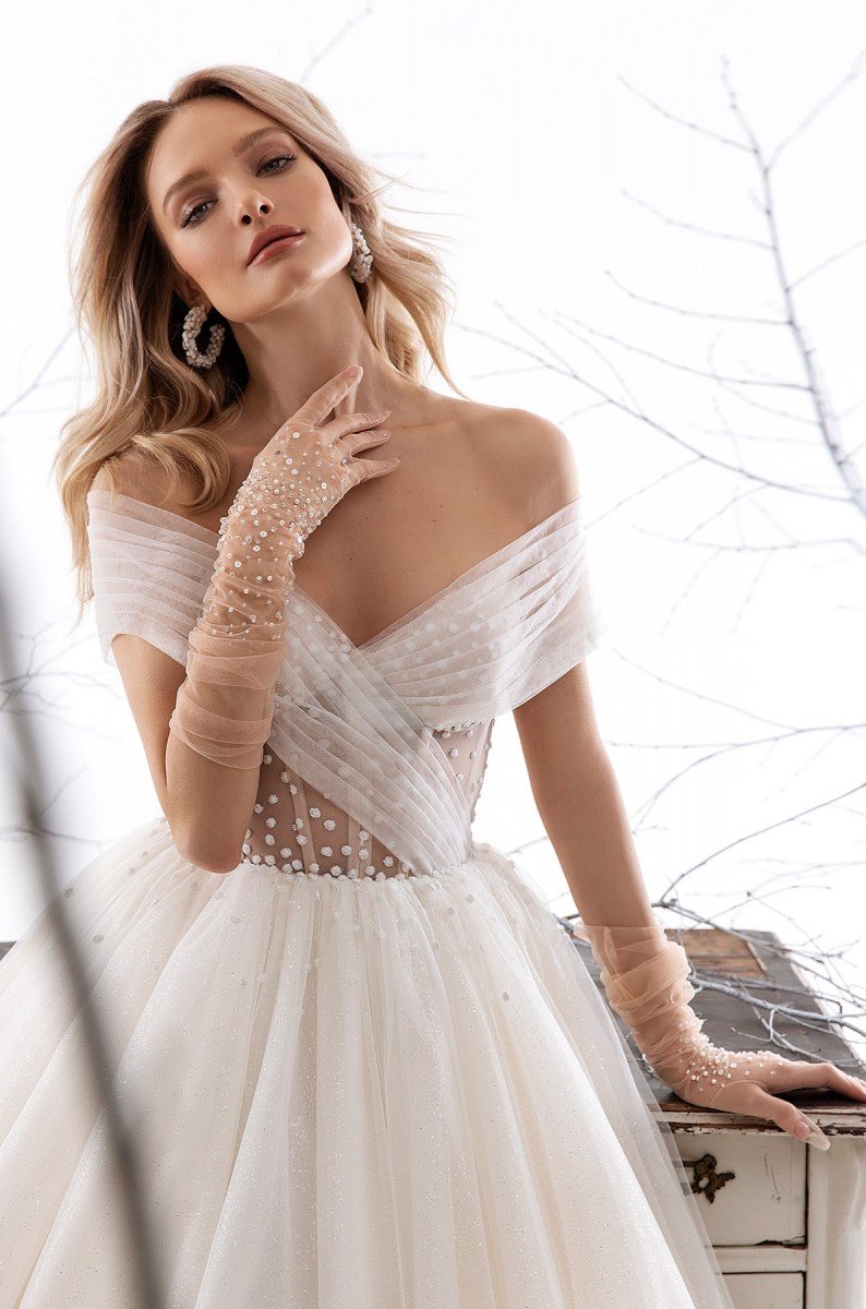 Wedding Dresses-Collections «Dana»