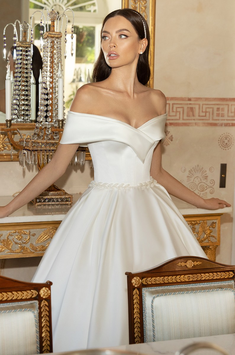 Wedding Dresses-Collections «Ilaria»