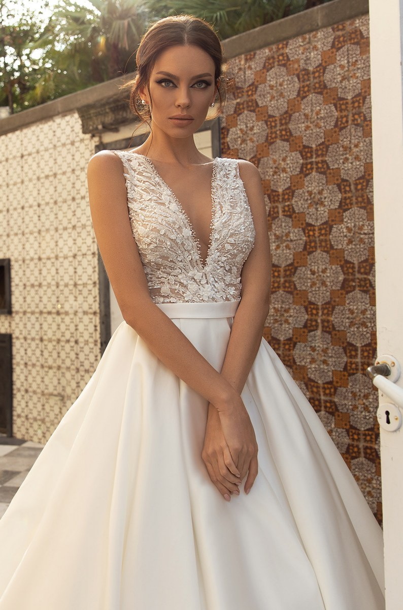 Wedding Dresses-Collections «Lina»